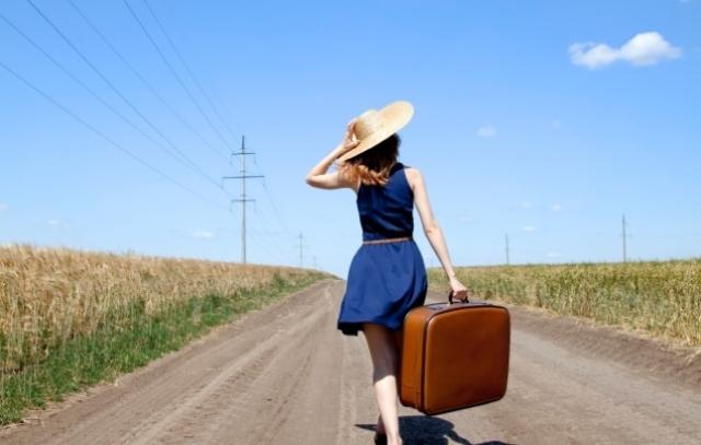 women-traveling-alone
